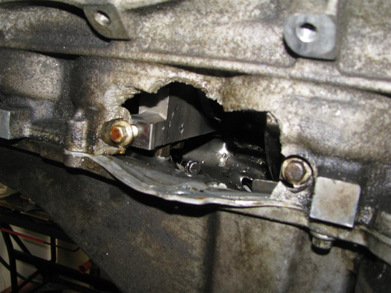 Hole In Block Rod Bolt on Cadillac Cts Oil Pan